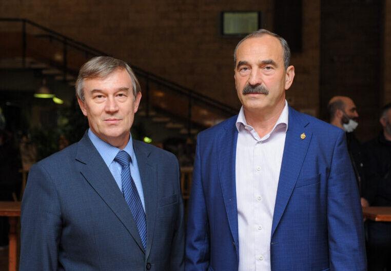 Председатель «Народного Собора» Олег Кассин и полковник группы «Альфа» Владимир Келехсаев