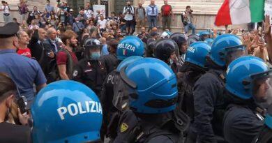 Взбунтовавшийся Рим: акции протестов против введения ковид-сертификатов состоялись более чем в 80 городах Италии