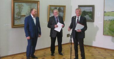 Известные художники Олег Молчанов и Дмитрий Белюкин награждены медалями «Народного Собора»